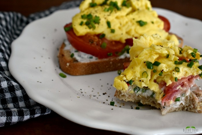 Scrambled Egg Breakfast Toast with Tomato and Chive Goat Cheese