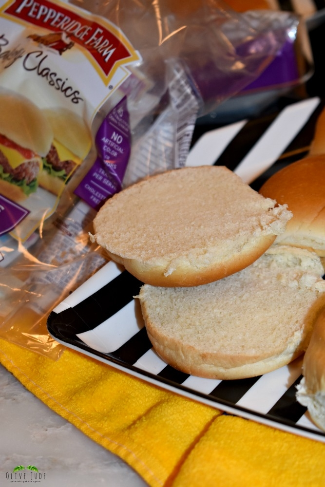 Game Day Pittsburgh-style Sliders #LittleBunsBigWin #RespectTheBun #BakedWithCare #ad