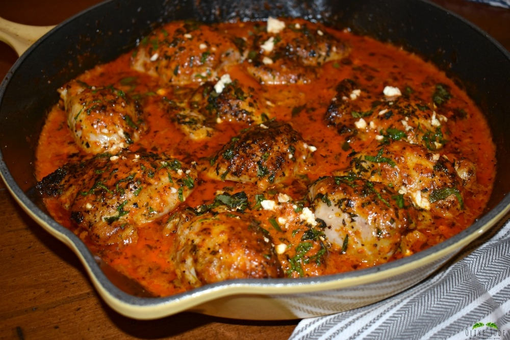 Weeknight Skillet Chicken Thighs with Roasted Red Pepper Sauce