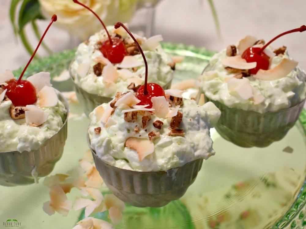 Toasted Coconut and Pecan Topped Pistachio Dessert: The Best Watergate Salad #watergatesalad #retrodessert #jellopistachopudding