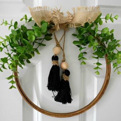 DIY: Neutral Fall Tassel Hoop Wreath #hoopwreath #tasselwreath #easyfallwreath #neutralwreath