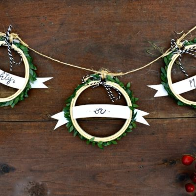 DIY: 10 Mini Embroidery Hoop Christmas Crafts That Anyone Can Make