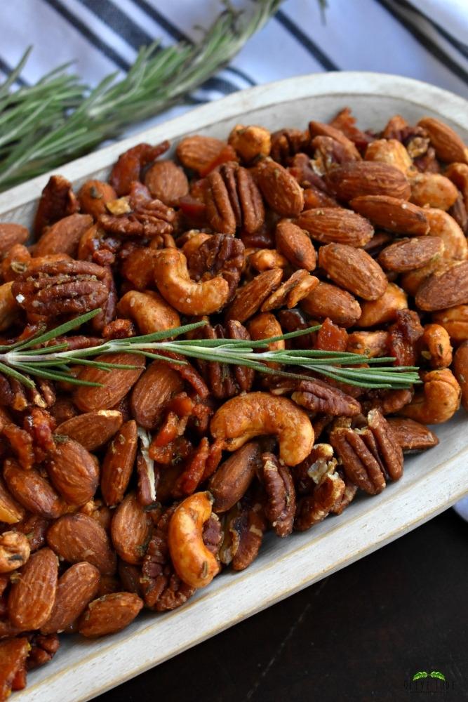 Rosemary Citrus Party Nuts with Maple Glazed Bacon #partynuts #roastednuts #rosemarycitrusnuts #mapleglazedbacon #nutsandbacon
