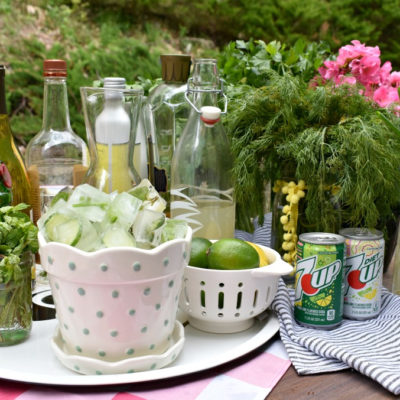 5 Easy Tips for Hosting a Garden-themed Cocktail Party